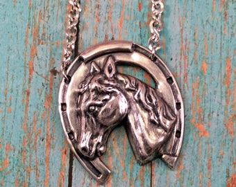 Lucky Horseshoe - Silver horse head/shoe pendant