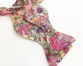 Spring Flowers Self tie bow tie, adustable, gift for him, Birthday present, Adult, Easter