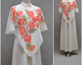 Vintage dress, 1970's maxi dress with cape like shoulder detail, 70's Hostess dress / Hippie / Boho / Fancy dress, Alternative Wedding gown