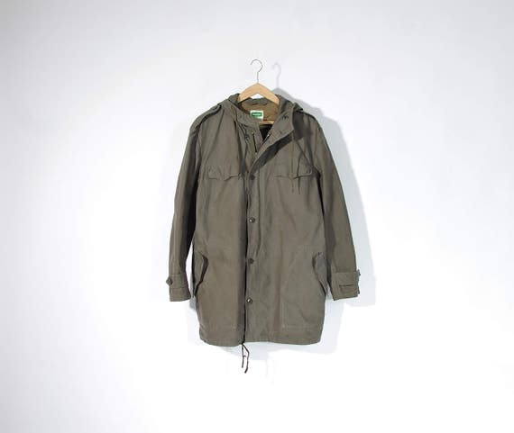 SALE 40% OFF - 80s Feuchter German Army Olive Green Parka Jacket with Hood / Size L