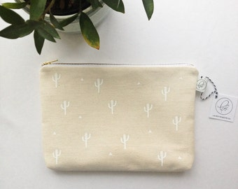 "SALE - CACTUS POUCH / clutch bag, make-up bag, pencil case / cotton / 6.5""x9"" / gold zip / la petite boite / handmade in quebec"