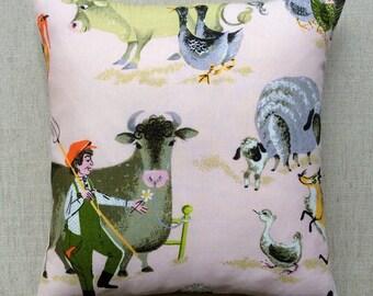 "Vintage 1960s Frieda Clowes ""Farmery"" Fabric Cushion With Interior 40cm x 40cm"