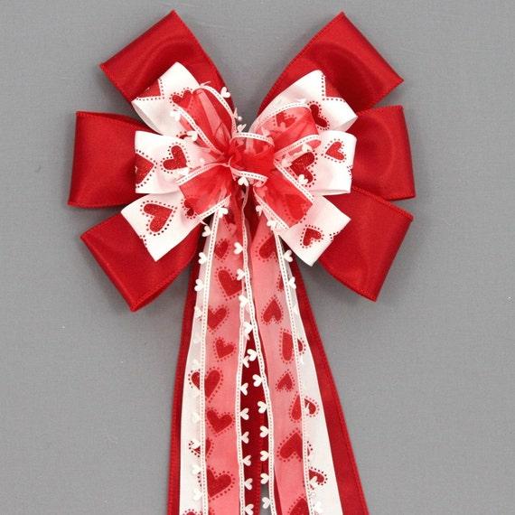 Die Cut Red Heart Valentine's Day Bow - Valentine Wreath ...