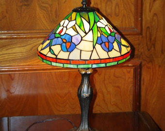 Tiffany style lamps etsy tiffany style table lamp 18 accent lamp vintage tiffany style flowered table aloadofball Image collections