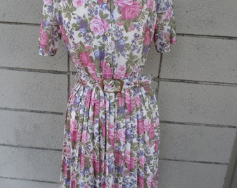 California Looks Floral dress with matching belt