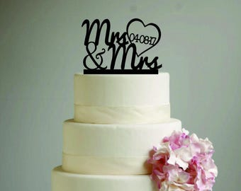 Mrs & Mrs Wedding Cake Topper with date - heart - same sex wedding - LGBT wedding - gay cake topper - lesbian cake topper - bride and bride