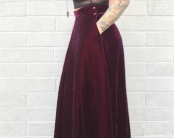 Rare Vintage Dark Burgundy Velvet A-Line Maxi Skirt with Pockets | Size 18