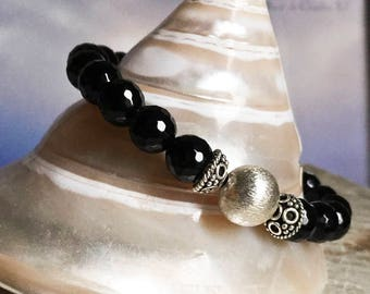 Faceted Black Onyx Bracelet, Brushed Sterling Silver Bracelet, Minimalist Bracelet, Stretchy Bracelet, Classic and Elegant Jewelry, Gemstone