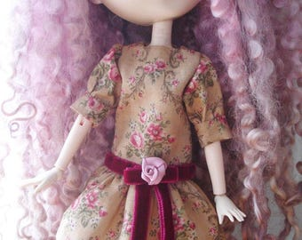 Low waist dress «Ancient roses» and velvet, for dolls Pullip