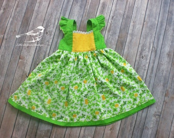 Girls 4T dress St. Patricks day aint Patrick Green yellow four leaf clover crickets flutter sleeves one of a kind ready to ship OOAK dress