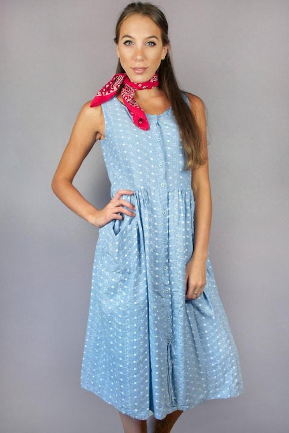 Vintage 80s Denim Dress Button Down Sleeveless Pockets Midi Cotton Blue White Eyelet Embroidered