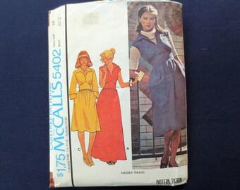 1977 Classic 1970s Dress Vintage Pattern, McCalls 5402, Size 10, Bust 32 1/2