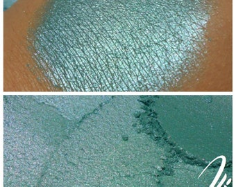Sea Glass - Blue Green Eyeshadow Pigment - ili