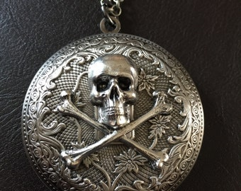 Silver skull necklace, skull  locket, gothic jewelry, pirate locket, gothic gift