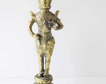 Adorable Tara Buddha statue figure - Buddism 2nd half 20th century - made of brass / yellow copper