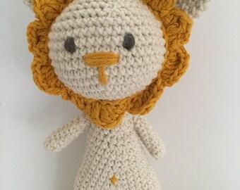 Lion baby rattle, crochet lion, handmade baby rattle, animal baby rattle,Baby rattle, Lion baby rattle, amigurumi rattle, crochet lion