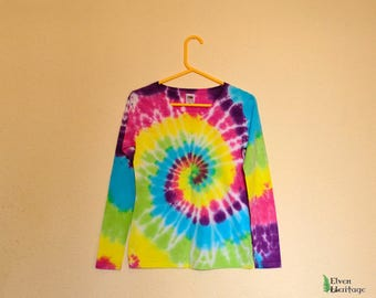 Rainbow tie dye spiral hippie long sleeve t-shirt (size small)