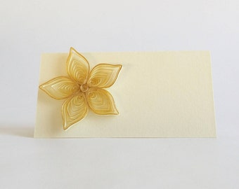 Wedding Place Card, Quilled Wedding Decoration, Quilled Seating Card, Quilled Gold Flower Place Card, Wedding Reception, Wedding Name Card
