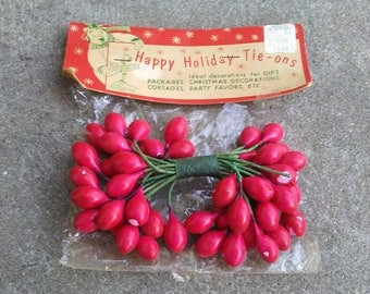 Happy Holiday Tie-ons Vintage floral stamen decoration for gift package Christmas corsages party favors Made Japan 1950's original packaging