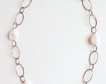 White Quartz & Oblong Linked Chain Necklace {Vintage 1960's}