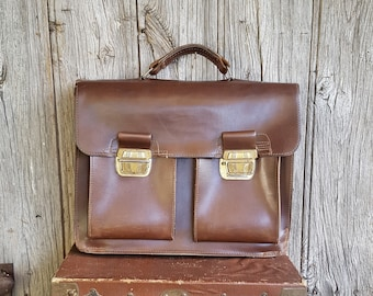 French Vintage Leather Satchel  -  Brown Leather Messenger Bag  -  1970s Brown Leather Satchel Case  -  Vintage Leather Briefcase