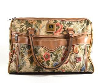 Vintage Tapestry Bag Overnight Bag | Floral Weekender Bag Carry On | Top Handle Duffle Bag Carpet Bag | Vintage 80s LEISURE  Flight Bag