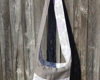 Convertible, Reversible Hobo Bag in Lilac Fog