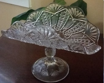 1905 EAPG Pressed Glass Pedestal Scalloped Fan Edge Banana Boat Panama Pattern by US Glass. Pedestal Fruit Bowl. Antique Glass