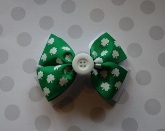 Green Shamrock St Patrick's Day Hair Bow