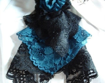 jabot in black/blue lace with flower