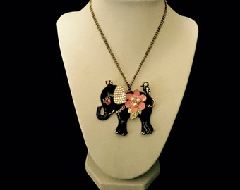 60's Large Black and Pink Elephant with Bird Pendant Necklace   VG2430