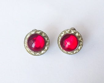 Vintage 1950's Cherry Red Cabochon Clear Rhinestones Round Clip On Statment Earrings