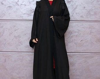 Black linen abaya shoulder deatiling