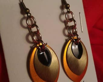 Harvest/Sand/Black 3 Graduated Scale Earrings