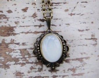 MOON MAGIQUE™ Moonstone Semi-Precious Oval Gemstone Vintage Style Pendant Necklace in Black Velvet Gift Bag