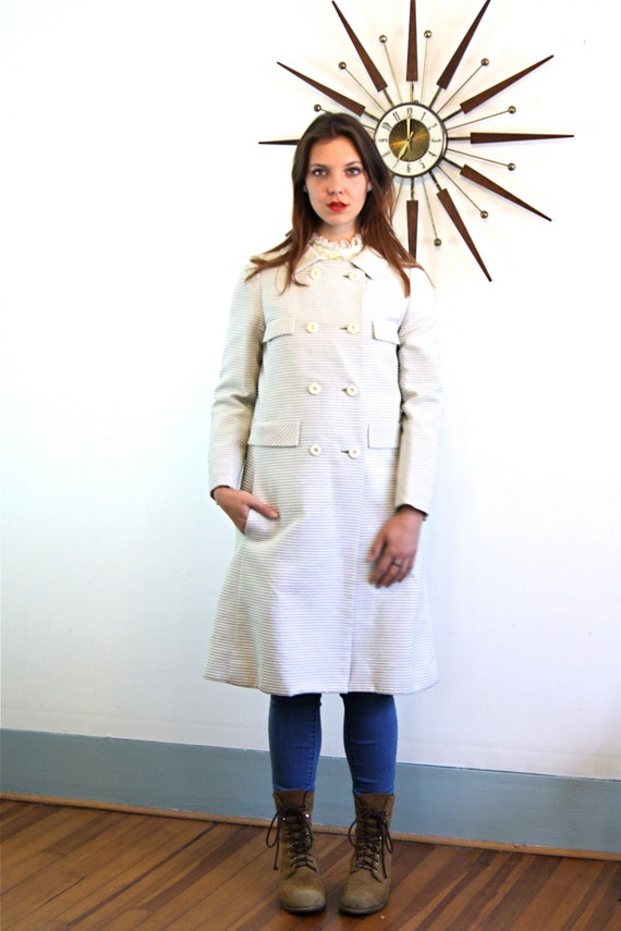 VINTAGE 60s coat, JACK FEIT New York, 60s Mod Coat, Silk Lined coat, Retro 1960s jacket, A Line cut coat, Long overcoat, Womens 60s coat, M