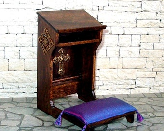 Prie Dieu, Prayer Bench, Medieval Dollhouse Miniature 1/12 Scale, Hand Made