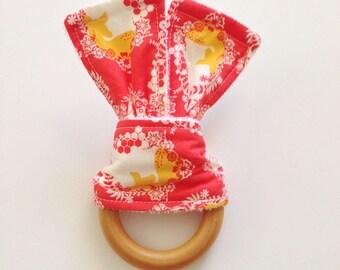 Maple Teething Ring, Teething, Baby Gift, Baby Shower Gift, Fawn, Deer