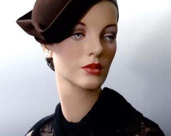 Brown Felt Tilt Hat 1940's Vintage Women's Accessories