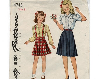 Vintage 1940s simplicity 4743 Girls Blouse and Pleated Skirt Sewing Pattern, Suspenders Pattern, unused Childs size 8 Chest 26 OUT of PRINT