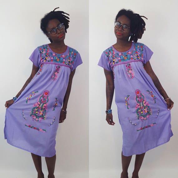 Vintage Colorful Embroidered Mexican Midi Dress Small Medium - Puebla Mexican Peasant Dress - Vtg Handmade Purple Floral Cotton Midi Dress