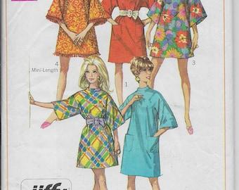 Simplicity 7674 1960's Mini Dress Pattern
