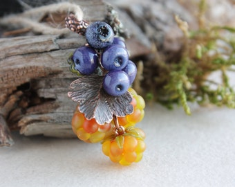 Lampwork pendant with blueberries, cloudberries, stone berries/ Glass Beads / Lampwork berries / Lampwork jewelry / Berry pendant