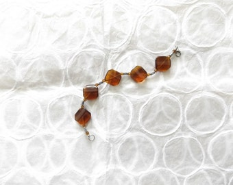 Amber Concave Acrylic Bead Bracelet//Gift for Her//Workwear//Birthday//Beaded Jewelry//Amber//Silver Jewelry//Amber Beads