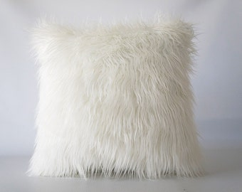 Mongolian faux fur pillow, off white faux fur pillow cover, faux fur, off white pillow cover, Mongolian fur, fur pillow cover
