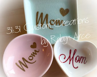 Mom Ring Dish -  Mom Heart Ring Dish - Heart Ring Dish - Personalized Ring Dish - Mom gift - Mother's Day Gift - Mom Earring Dish -Ring Dish