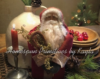 Primitive Colonial Santa