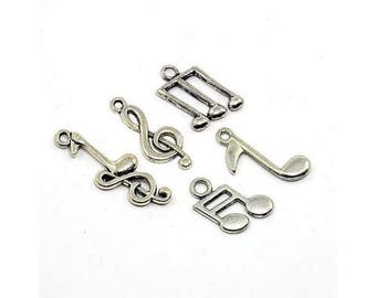 25 charms music Notes