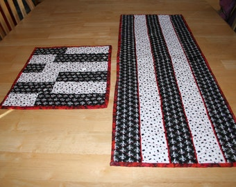Table Runner And Set Of 4 Placemats--Black And White With A Bit Of Red--Free Shipping