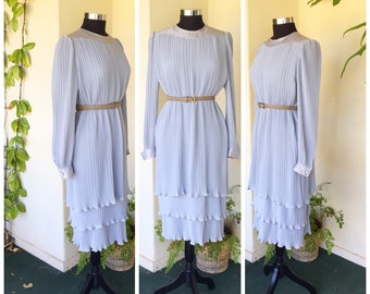 80s does 20s drop waist tiered micro pleat pale dove grey seafoam dress long sleeves contrast pleated fortuny style medium